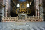 c Pavimento transetto balaustra ed altare