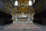 d Altare maggiore su disegni di Cosimo Fanzago e coro