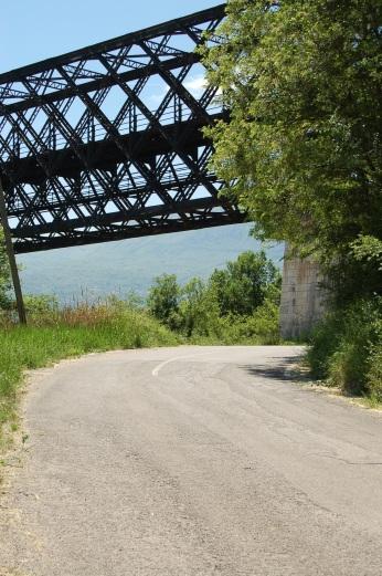 ponte principe a Lapio (Av) foto angelo verderosa